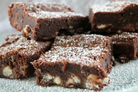 White Chocolate Chip Brownies   How to be Awesome on $20 a Day