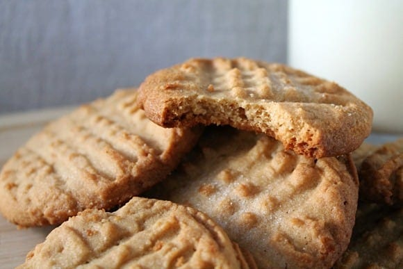 Classic Crunchy Peanut Butter Cookies | How to be Awesome on $20 a Day
