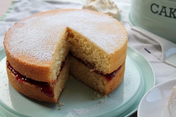 One Bowl Victoria Sponge   How to Be Awesome on $20 a Day