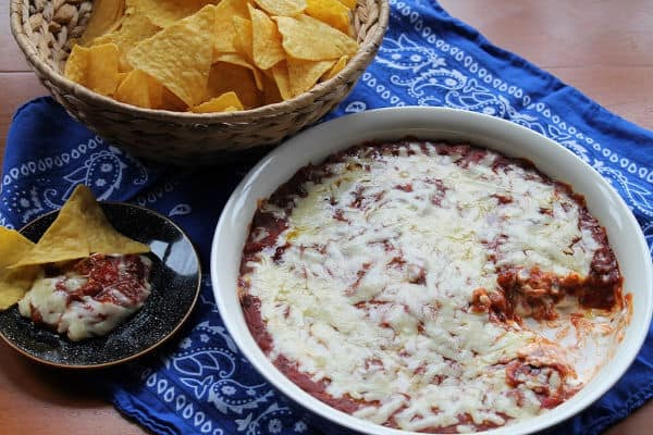 Easy Chili Cheese Dip   How to Be Awesome o $20 a Day