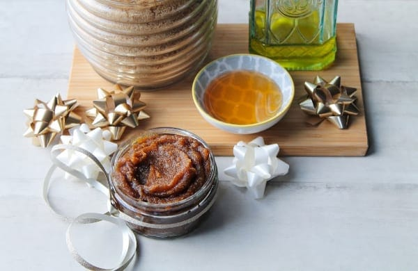 Brown Sugar Body Scrub | How to Be Awesome on $20 a Day